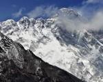 Mount Everest: Bodies of