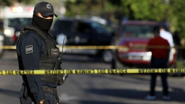 Mexico violence: Nine bodies found hanging from bridge