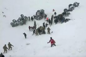 Turkey avalanche rescue operation put on hold by government