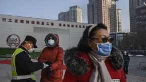 Coronavirus: Senior Chinese officials 'removed' as death toll hits 1,000