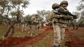 Syria war: Government shellfire 'kills Turkish soldiers' in Idlib