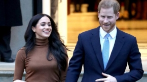 Harry and Meghan: Prince arrives in Canada ahead of new chapter