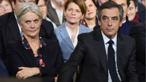 'Fake jobs' trial begins for French ex-PM François Fillon